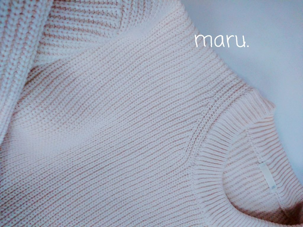 GU,白ニット,30代ママファッション,ぽっちゃり,下半身でぶ